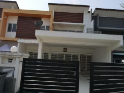 NILAI SPRING HEIGHT Double storey