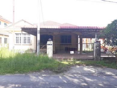 Rumah Banglo Di Kubang Kerian Berdekatan SMK Kubang Kerian 2