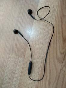 Bluetooth sport earphone