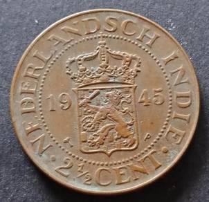 Nederlandsch Indie 2 1/2 Cent 1945 (Item E)
