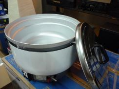 0% GST * New BIG capacity 10L Gas Rice Cooker