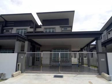 New nice double storey corner hse