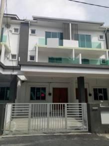 3 Storey Terrace, Maple Residence, Taman Selayang Utama. Butterworth