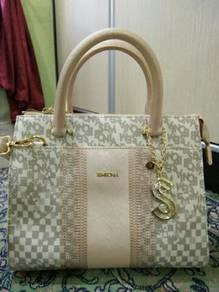New Handbag (December 2018)