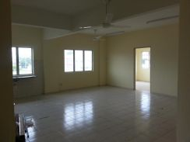 Freehold Apartment Laksamana Cheng Ho 2, Bandar Hilir, in Town
