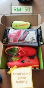 Football shoe & glove