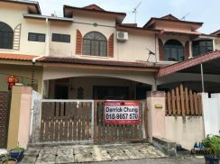 (MUST VIEW) Freehold Lapangan Perdana Well Maintain Double sty