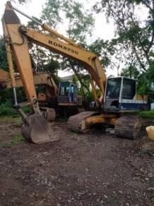 Backhoe excavators komatsu