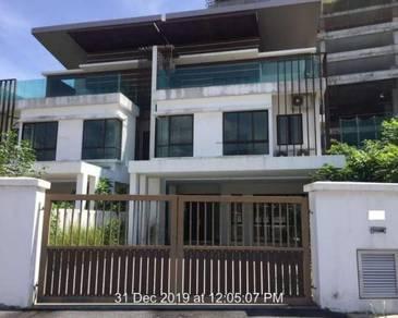 2.5 Storey Semi-D in Taman Puchong Hartamas, Puchong, Selangor