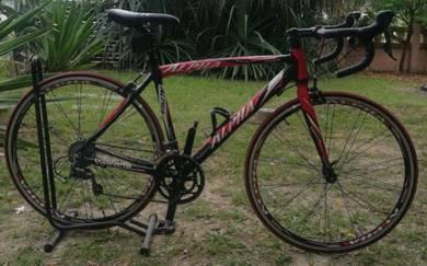 Road bike alpha volcano