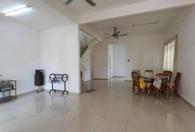 Permata Hill Park 2 Half Terrace House For Sale