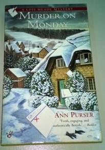 A Lois Meade Mystery - Ann Purser