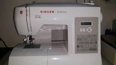 Singer Brilliance Sewing Machine