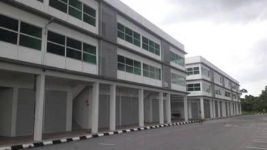 Priced-to-sell 3 Storey Shop house at Muara Tuang