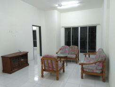 Suria Residence - Bandar Mahkota Cheras, 3R2B [Partially-furnished]