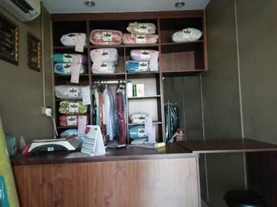 Kedai dobi di Meru, Klang