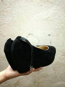 Wedges / heels