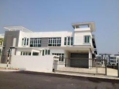New completed Factory In Semenyih Below Market Price
