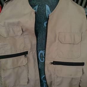 Vest dengan tulisan quran