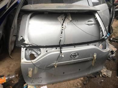 Toyota Estima ACR50 Ori Rear Bonnet belakang