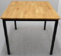 Rubber wood table for 4 seater