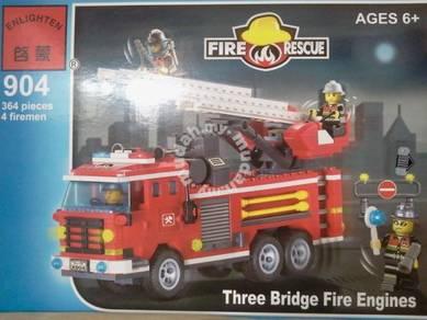 Bricks - EN 904 - Three bridge fire engine Bomba
