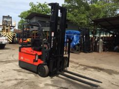 Direct JAPAN Import TOYOTA 2 ton Electric FORKLIFT