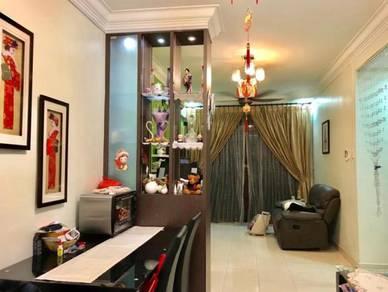 Kippark Tampoi near Kipmart 3 Bedroom 2 Bathroom Fully Furnished !