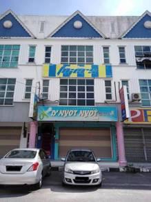 3 Storey Shop Office Lot at Parit Raja Batu Pahat near UTHM
