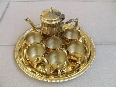 Set teko untuk perhiasan