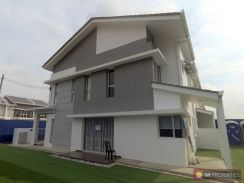 [END LOT WITH LAND] Double Storey Taman Putra, Bukit Rahman Putra