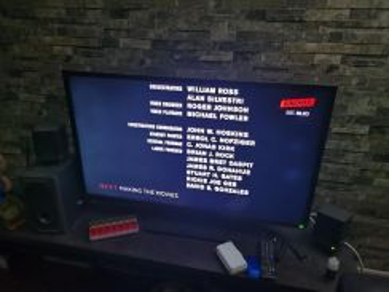 Toshiba 39 inch LED TV
