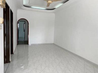 Johor Jaya JLN teratai 1 storey 22x70 good condition Unblock FULL LOAN