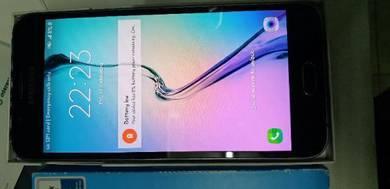 Phone samsung A8 untuk dijual seadanya.