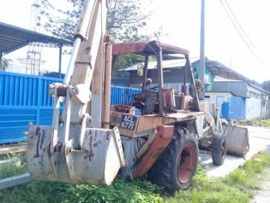 Backhoe loader c