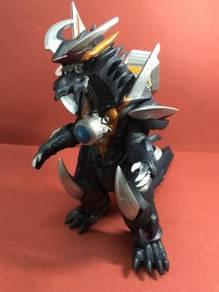 ULTRAMAN Ultra Monster Series DX Victoria Ghiel