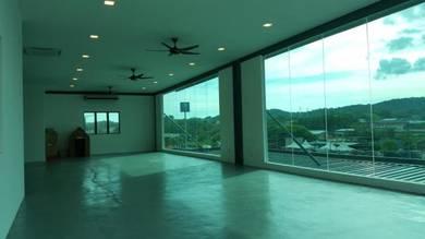 Warehouse Kampung Baru Subang FACING MAINROAD