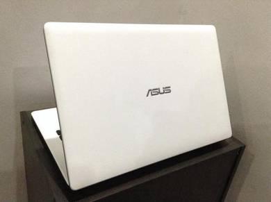 Asus x452L i3 4th/4GB/500GB/NVIDIA 820/14