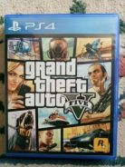 GTA V Ps4 game (R3)