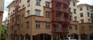 Apartment Near Bandar Universiti Teknologi Lagenda, Mantin