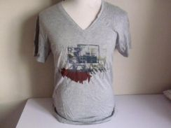 Paul smith v neck t-shirt xl made in japan
