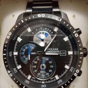 Pulsar watch by seiko