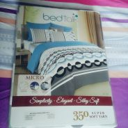 KING size Fitted bedsheet (NEW)