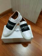 Givenchy Elastic Low Logo Sneakers