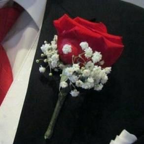 Wedding bridesmaid pin flowers