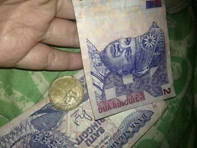 Duit syilin lama dgn duit kertas lama