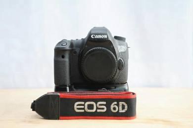 Canon EOS 6D + Battery Grip