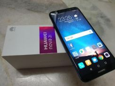 Huawei Nova 2i 64gb 4gb ram pecah sikit crack abit