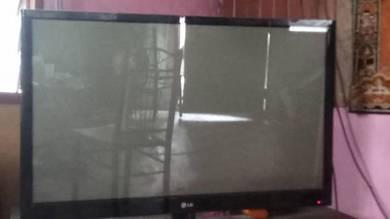 Tv LG 42 inci