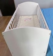 White Wooden Baby Cot (Like New)